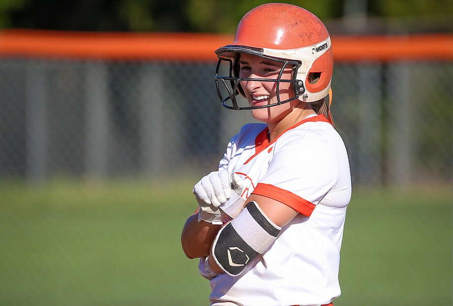 Lauren Mirtoni, Roseville Softbal Photo: SportStars Magazine / (c) 2019 Dave Gershon Photographer. All rights reserved