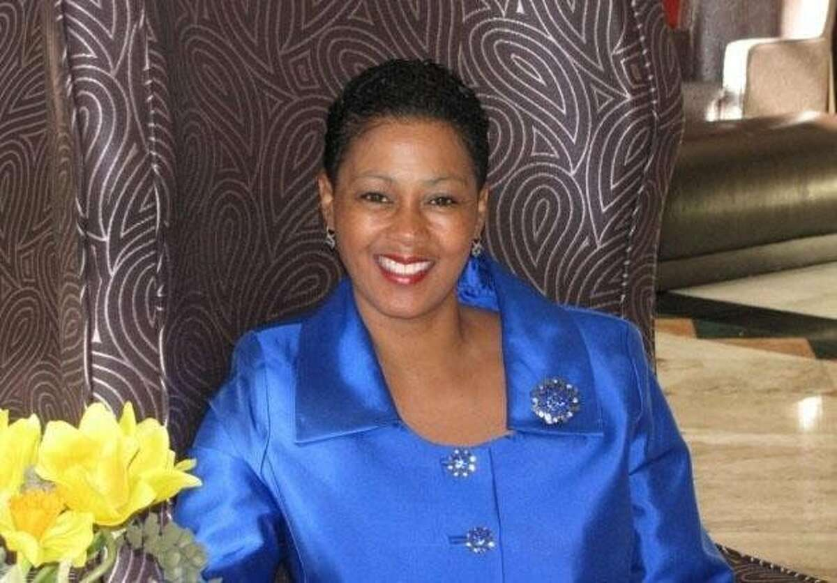 Tina Hayes is the founder of the School of Etiquette and Decorum.