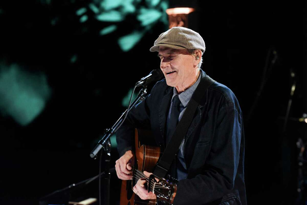 NEW YORK - MARCH 2: The Late Show with Stephen Colbert and musical guest James Taylor during Monday's March 2, 2020 show. (Photo by Scott Kowalchyk/CBS via Getty Images)