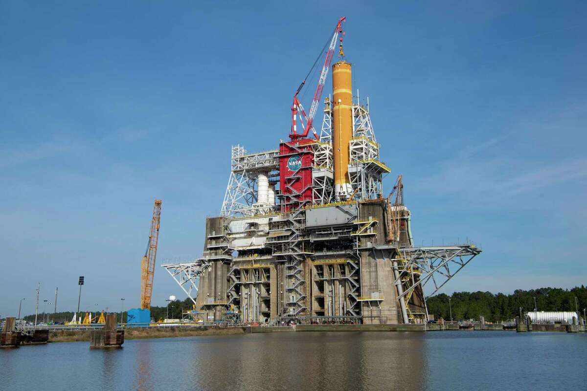 On Jan. 21 and Jan. 22, 2020, crews at Stennis Space Center lifted and installed the first core stage of NASA's Space Launch System rocket onto the B-2 Test Stand. In upcoming months, a top-to-bottom, integrated series of Green Run tests will be conducted on the stage and its sophisticated systems.