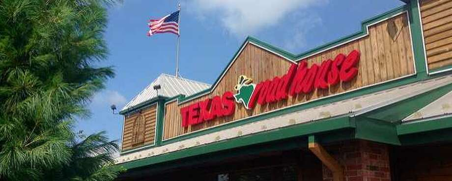 Texas Roadhouse' CEO is stepping up to help pay for staff salaries during the coronavirus outbreak. PHOTOS: How Houstonians are responding to COVID-19...