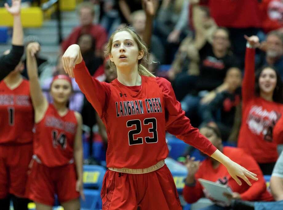 Langham Creek High School junior Kaley Perkins (No. 23) was named the District 14-6A girls basketball MVP. Photo: Gustavo Huerta, Houston Chronicle / Staff Photographer / Houston Chronicle © 2020