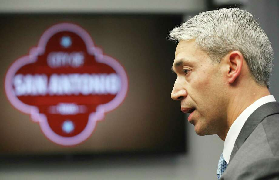 In this March photo, Mayor Ron Nirenberg issues an emergency order temporarily suspending dine-in service at restaurants and bars to limit the spread of the novel coronavirus.  City leaders were right to issue a resolution to deter hate speech that has emerged during the pandemic. Photo: Kin Man Hui /Staff Photographer / **MANDATORY CREDIT FOR PHOTOGRAPHER AND SAN ANTONIO EXPRESS-NEWS/NO SALES/MAGS OUT/ TV OUT