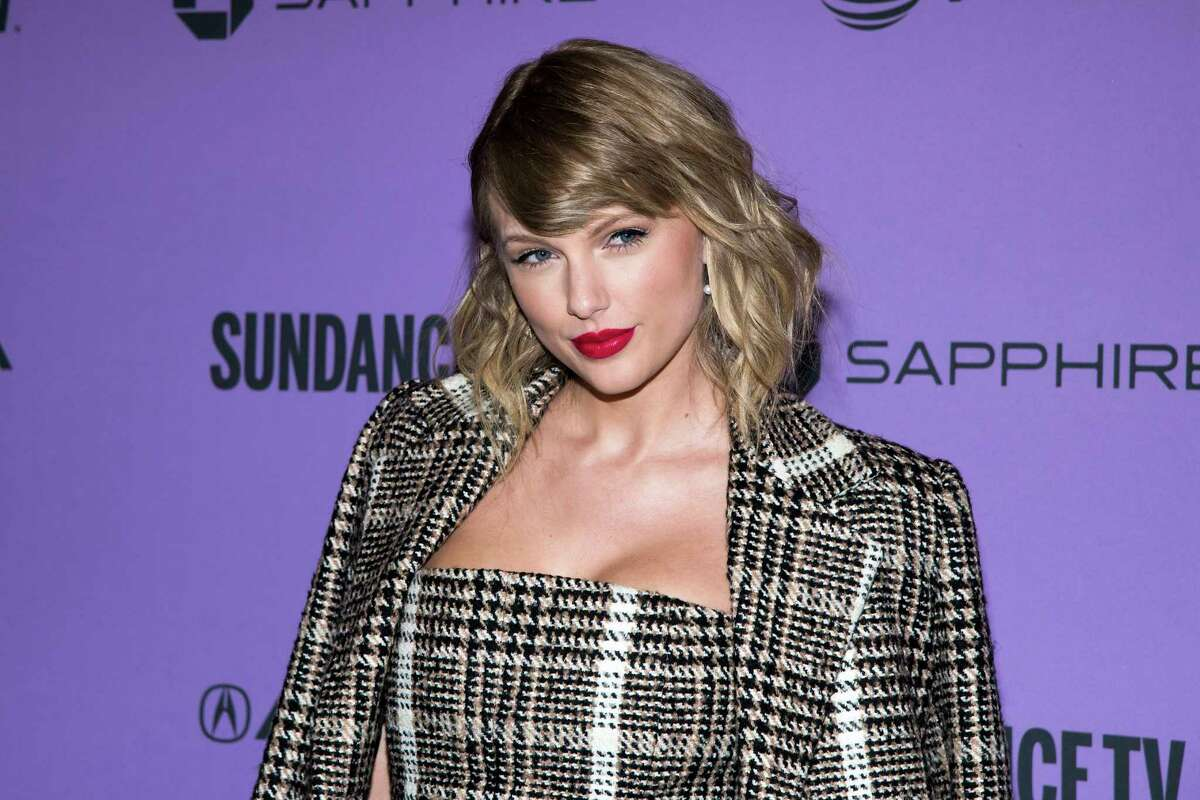 """Taylor Swift attends the premiere of """"Miss Americana"""" at the Eccles Theater during the 2020 Sundance Film Festival on Thursday, Jan. 23, 2020, in Park City, Utah. (Photo by Charles Sykes/Invision/AP)"""