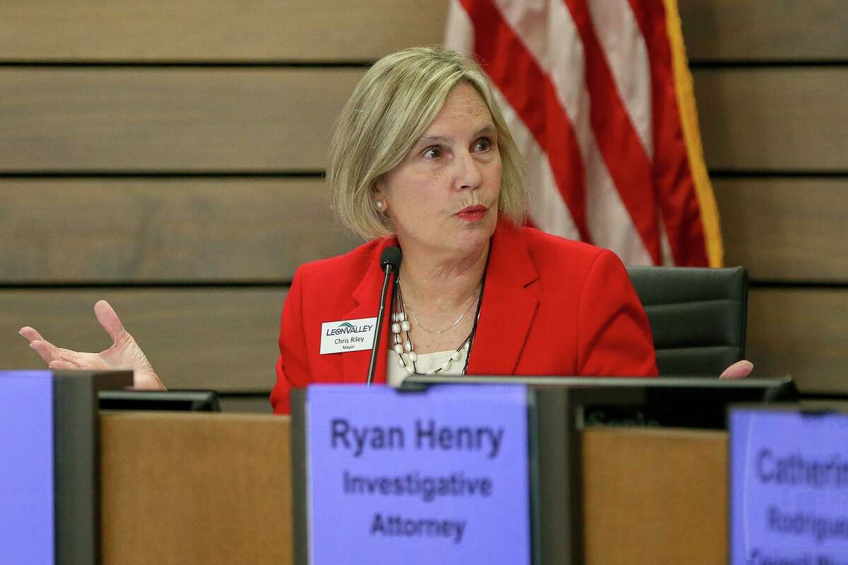 Leon Valley Mayor Chris Riley's alleged city charter violation will be the subject of a forfeiture proceeding launched by the suburb's City Council last week. She has been mayor since 2004.
