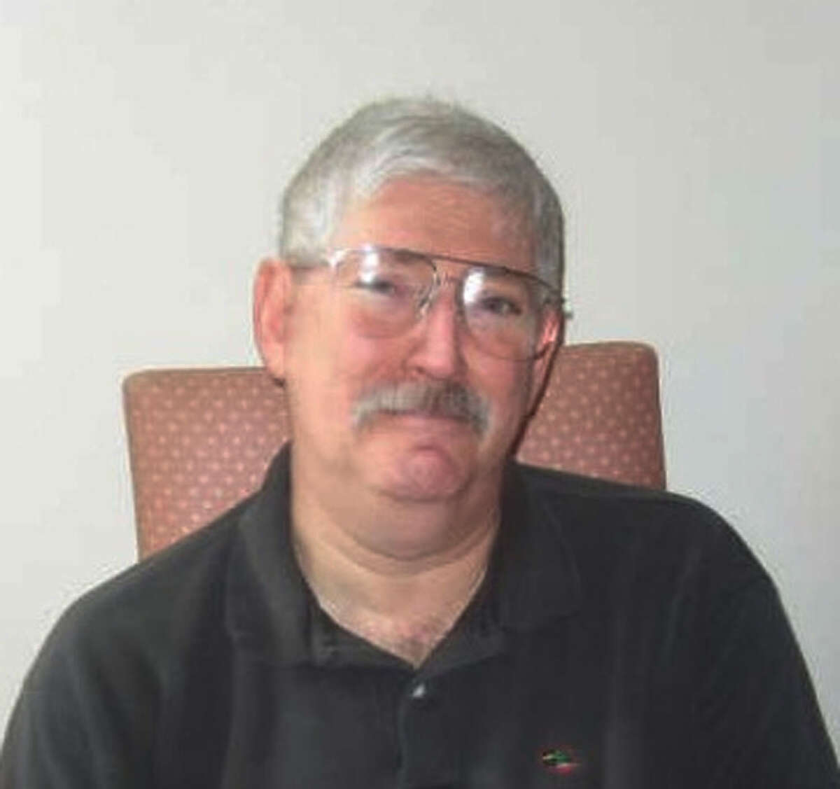 (FILES) This photo courtesy of the Levinson family at www.helpboblevinson.com shows a 2007 image of former FBI Agent Bob Levinson. - The former FBI agent Robert Levinson, who disappeared under mysterious circumstances in 2007, has died in Iranian custody, his family said on March 25, 2020.
