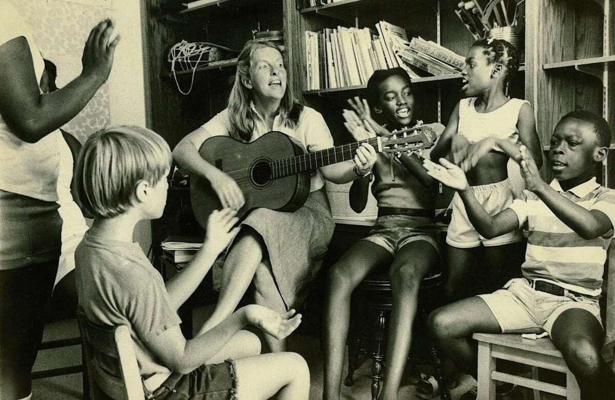 Cathy Mishkin, Horizons music director, Junior Program 1977.
