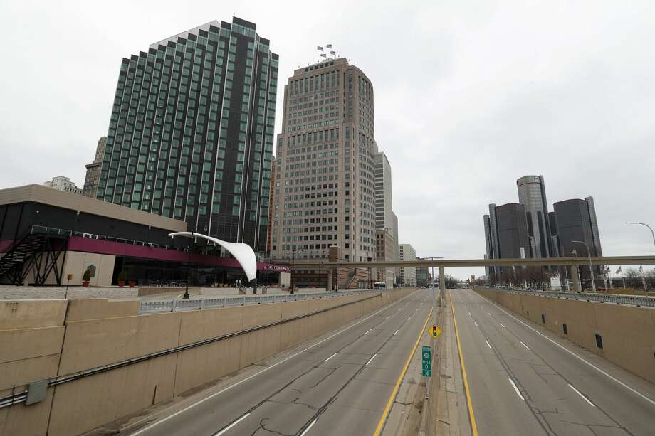 Empty roads leading into Detroit are shown Tuesday, March 24, 2020. Gov. Gretchen Whitmer told Michigan residents to stay at home beginning Tuesday, in her most sweeping order of the coronavirus crisis. Photo: (AP Photo/Paul Sancya)
