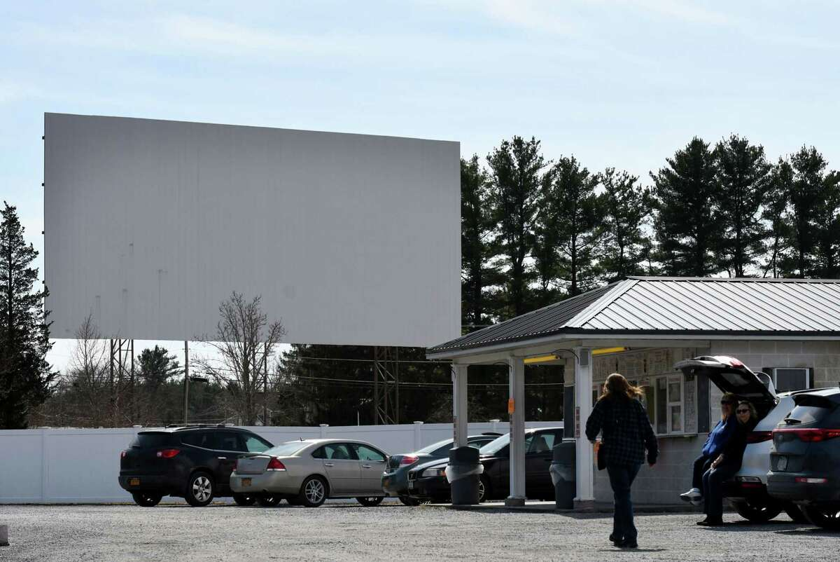 Darkened By Coronavirus Drive In Movie Theaters Hope To Reopen