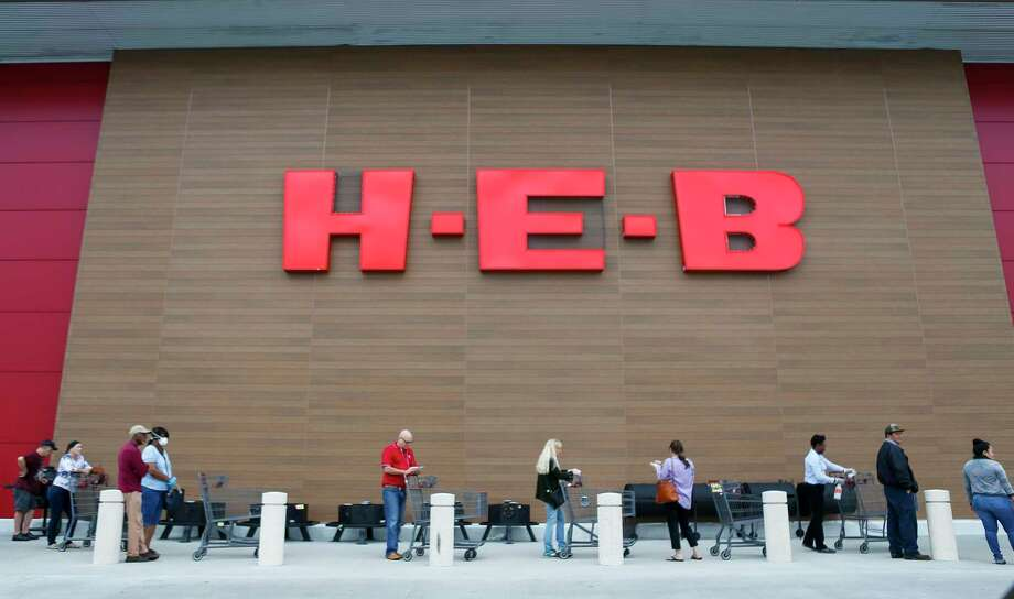 H-E-B H-E-B has created thousands of temporary job opportunities for overnight stockers, daytime stockers, customer service assistants or baggers and checkers at stores in San Antonio, Austin, Houston and North and West Texas. Photo: Mark Mulligan, Houston Chronicle / Staff Photographer / © 2020 Mark Mulligan / Houston Chronicle