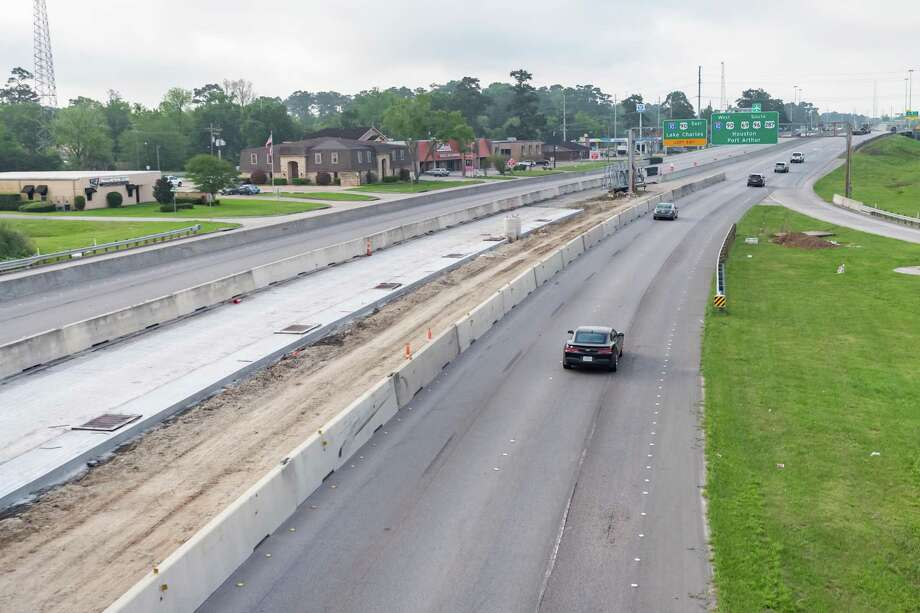 """The view of the """"Covid New Normal"""" rush hour traffic on US 69/US 96/US 287 from the 11th Street ramp at 8:15 am on March 26. 2020.  Fran Ruchalski/The Enterprise Photo: Fran Ruchalski, The Enterprise / Staff Photographer / © 2020 The Beaumont Enterprise"""