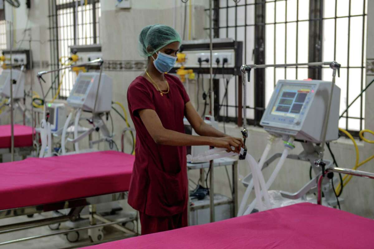 A medical staff checks on a ventilator of an intensive care unit at a newly inaugurated hospital by the Tamil Nadu state during a government-imposed nationwide lockdown as a preventive measure against the COVID-19 coronavirus, in Chennai on March 27, 2020. (Photo by Arun SANKAR / AFP) (Photo by ARUN SANKAR/AFP via Getty Images)