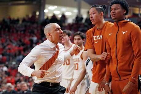 Texas coach Shaka Smart will return next season, a school official confirmed to the Express-News on Friday.
