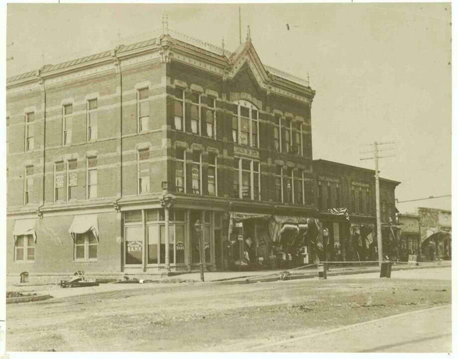 The Larkin Block, c. 1906(Midland County Historical Society)