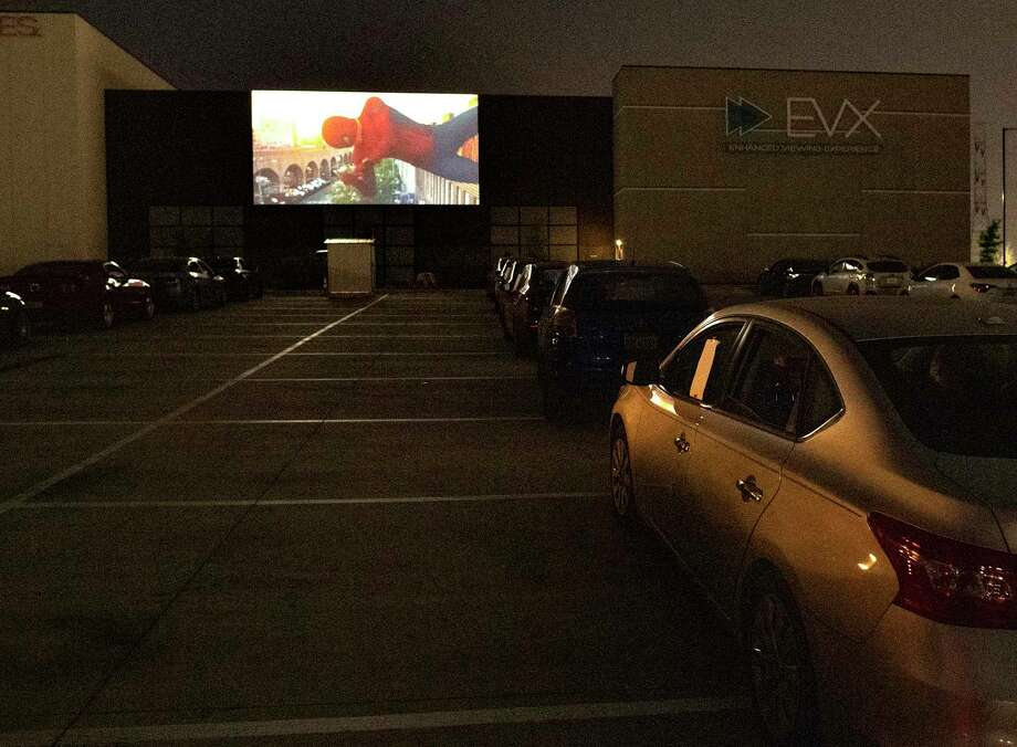 EVO Entertainment in Schertz offers a drive-in movie — and new memories, a reader says. Photo: Billy Calzada /Staff Photographer / ***MANDATORY CREDIT FOR PHOTOG AND SAN ANTONIO EXPRESS-NEWS /NO SALES/MAGS OUT/TV