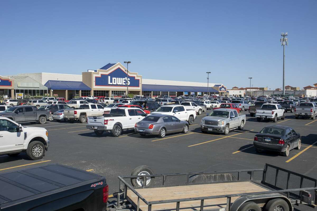 The LoweÃ?•s Home Improvement parking lot was full Saturday, March 28, 2020 at 3315 N Loop 250 W. Jacy Lewis/Reporter-Telegram