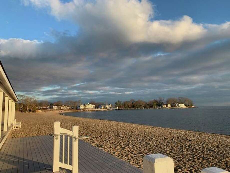 A quiet Weed Beach. Parking lots for the town's beaches and parks will be closed to vehicular traffic as of sundown Monday, March30. Photo: Marie Whitla O'Reilly /