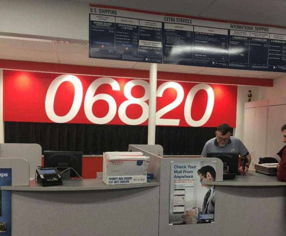 The Noroton Heights Post Office recently reopened in a new facility. Photo: Contributed /