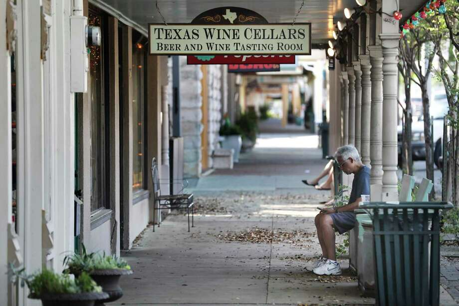 Reader's Digest recently gave Fredericksburg high praise, saying the Texas Hill Country town is one of America's hidden gems. Photo: Bob Owen /San Antonio Express-News / ©2020 San Antonio Express-News