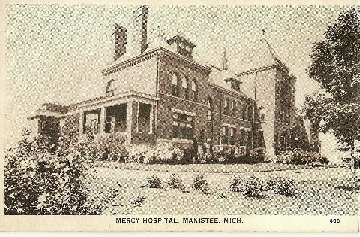 Shown in this photograph from the 1930s ois the Mercy Hospital that was located in Manistee