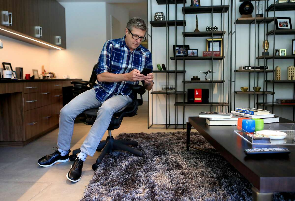 Rick Welts, president of the Golden State Warriors works from his home in Sacramento, Ca., on Thurs. Mar 26, 2020.