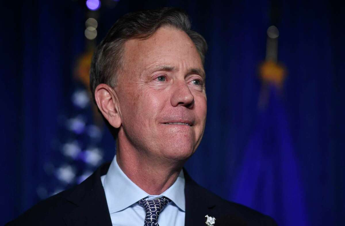 Governor Ned Lamont said Friday he will stand firm on his decision to keep 25-student classes together through the day when schools reopen.