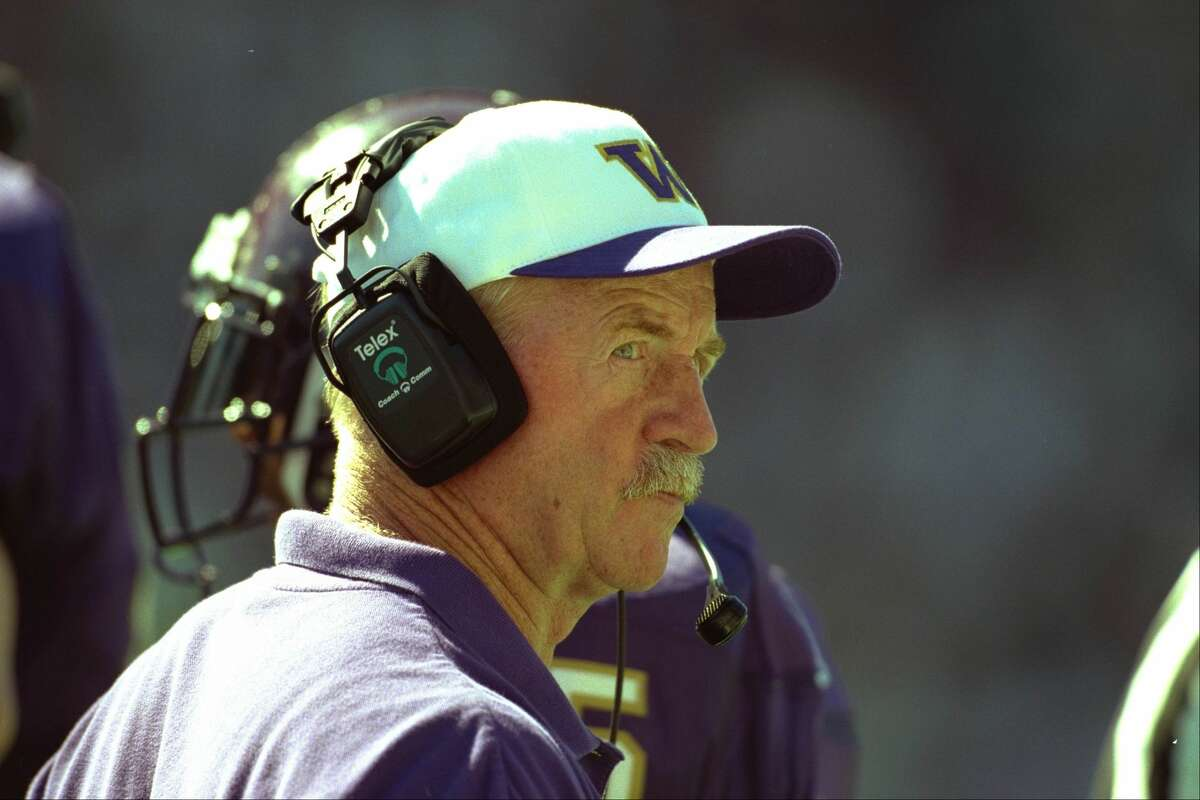 DEFENSIVE COORDINATOR OF '91 HUSKIES Lambright, who was UW's defensive coordinator from 19878-1992 under legendary coach Don James, spearheaded some of the nation's best defenses at Washington. Most notably, that includes the '91 Huskies, which helped the team to its most recent national championship. That team ranked second in the country in rushing defense (67.1 yards/game), total defense (237.1 yards/game), scoring defense (9.2 points/game) and turnover margin (+1.73). For years, Lambright's approach defined the defensive identity of UW.