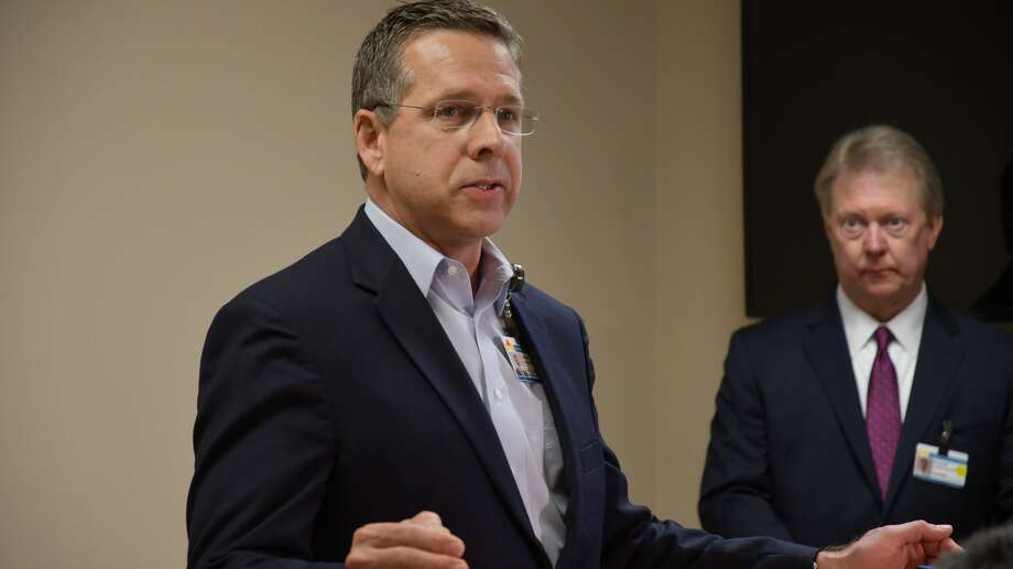 Dr. Larry Wilson, Chief Medical Officer, speaks at the Midland Memorial daily coronavirus briefing Monday, March 30, 2020 Photo: Mercedes Cordero/Midland Reporter-Telegram