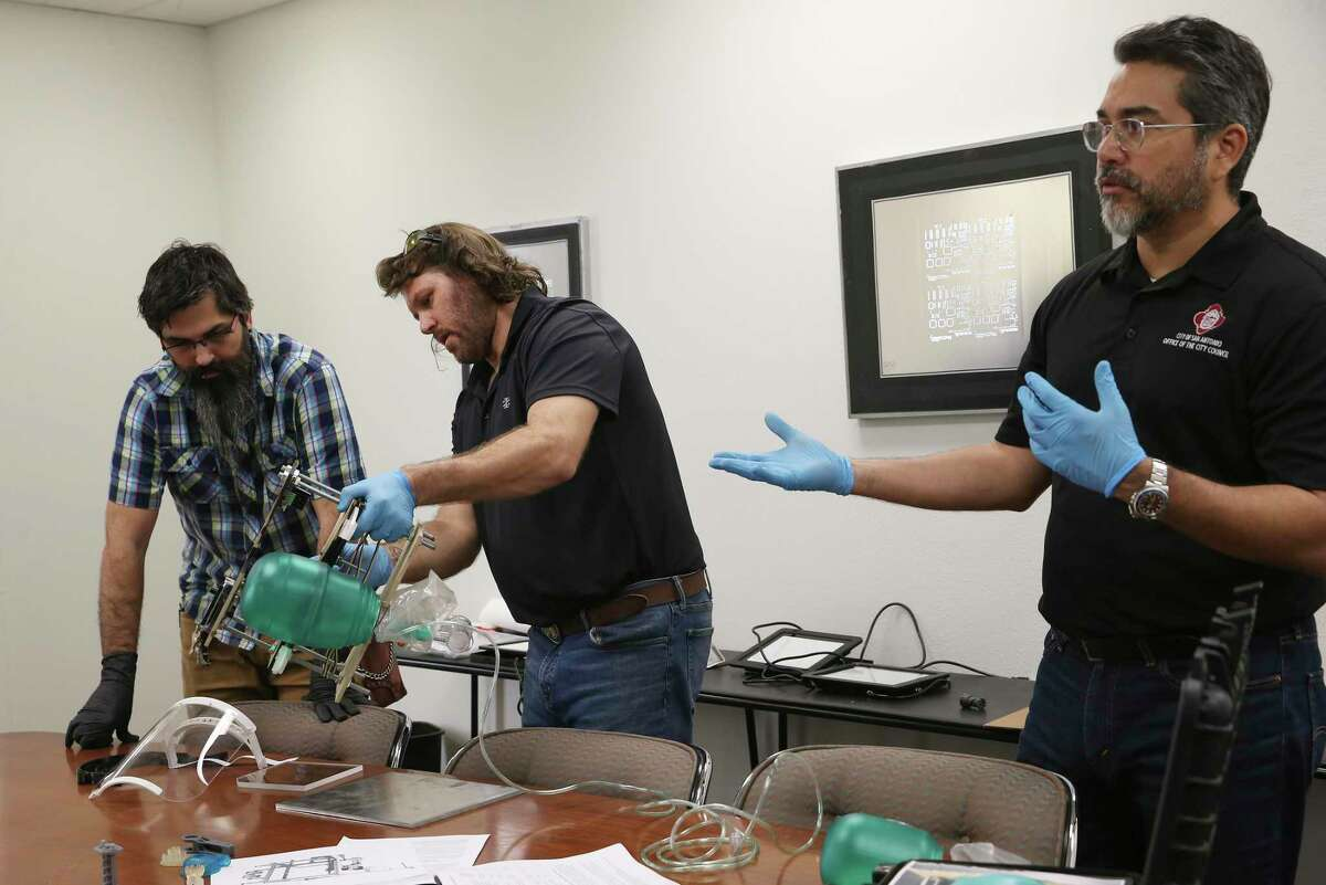 District 1 councilman Roberto Treviño, right, helped design a ventilator with CANLabs' Dale Bracey, left, and Drue Placette.