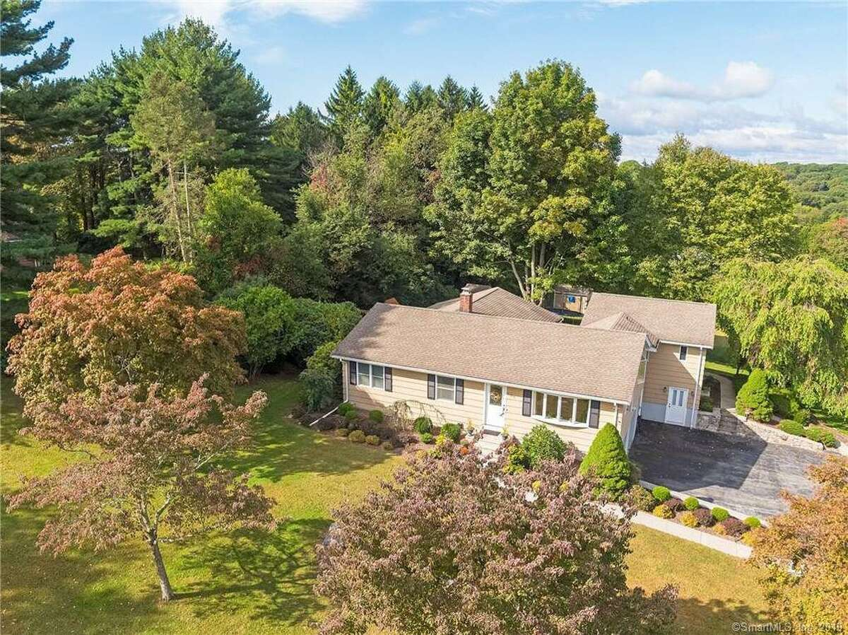 501 Booth Hill Road sold for $418,900.