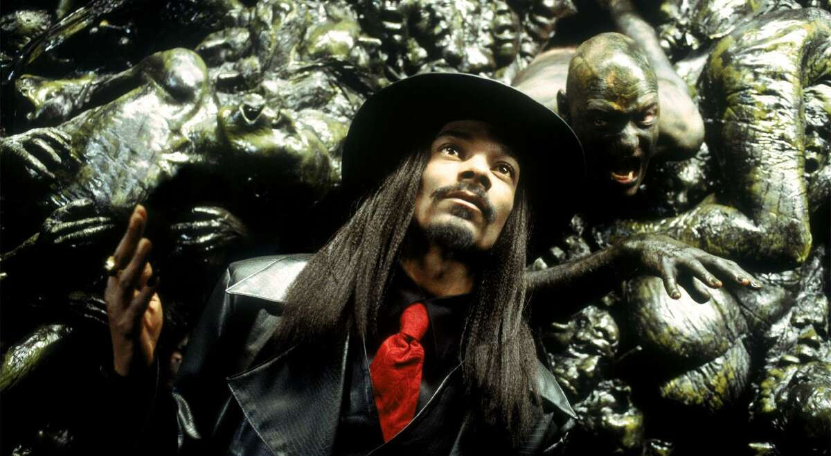 """Snoop Dogg returns from the dead to settle some scores in """"Bones."""""""
