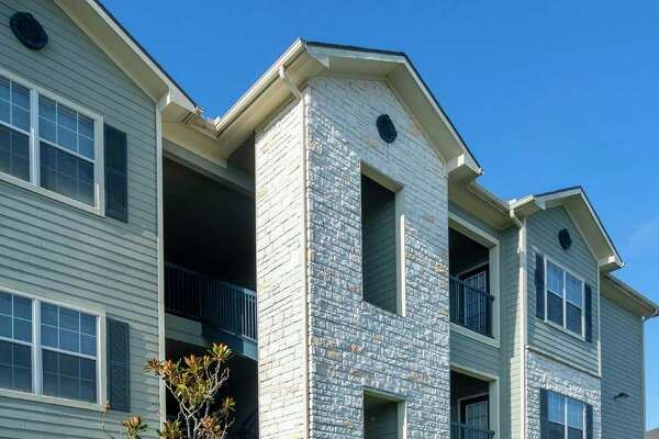 Stonebridge at City Park Apartments, a 240-unit apartment complex at 11800 City Park Central Lane, is slated for upgrades following a preferred equity investment of$5.5 millionbyElectra Capital.