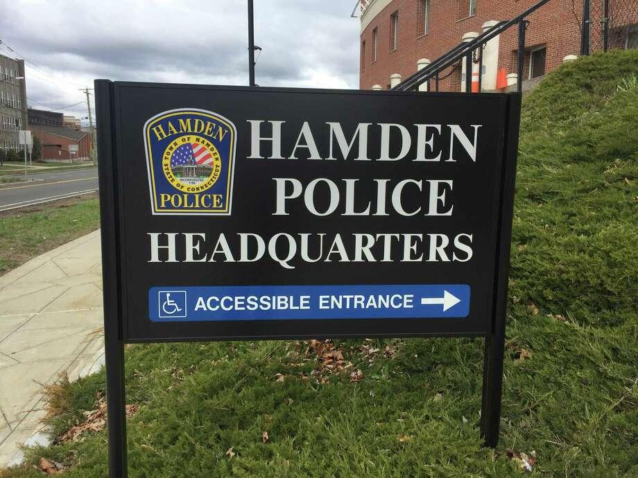 The sign at the Hamden Police Department. Photo: Ben Lambert / Hearst Connecticut Media