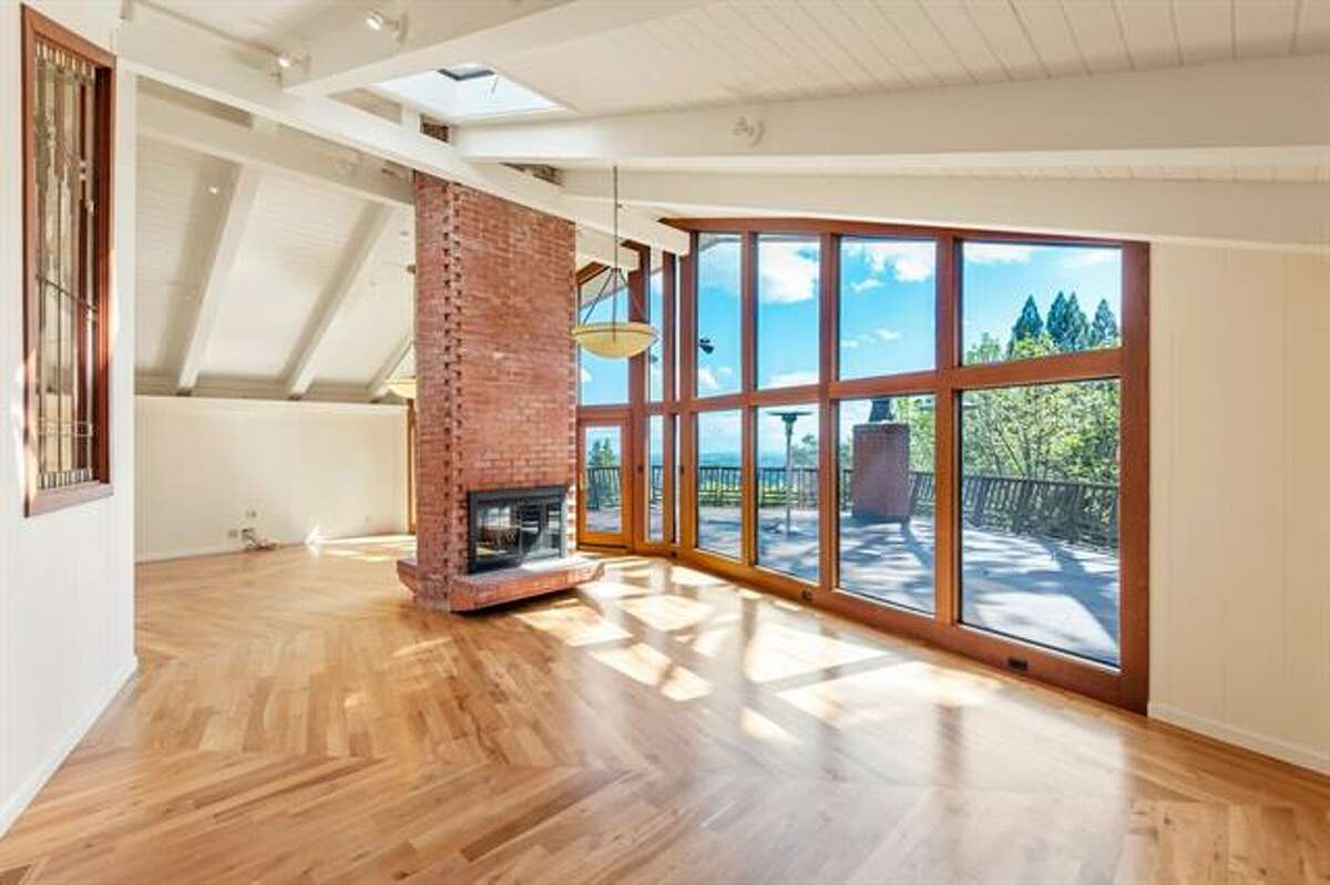 This Woodside home with a working vineyard is for sale for $3.5 million.