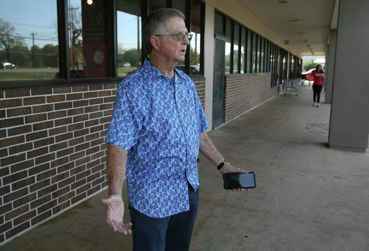 Richard Tisdale, owner of Texas Vape, talks about the closure of his business due to the coronavirus concerns.