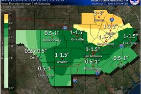 San Antonio residents better enjoy the nice walking weather now because severe thunderstorms and rainfall are expected for the weekend.