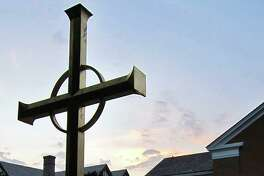 Jesse Lee Memorial United Methodist Church invites the community to join in its Holy Week celebrations online, including Palm Sunday services April 5, contemplative music on Good Friday, April 10, and a full Easter Sunday service on April 12.