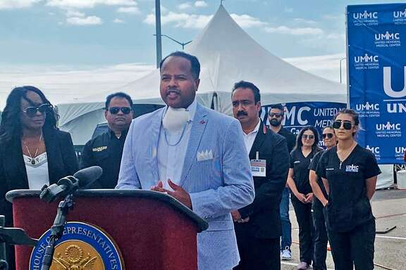 State Rep. Ron Reynolds and Congresswoman Shelia Jackson Lee and local officials gathered for apress conference to announce the opening of a free COVID-19 testing site at Sugar Land's Smart Financial Centre on Tuesday, March 31.