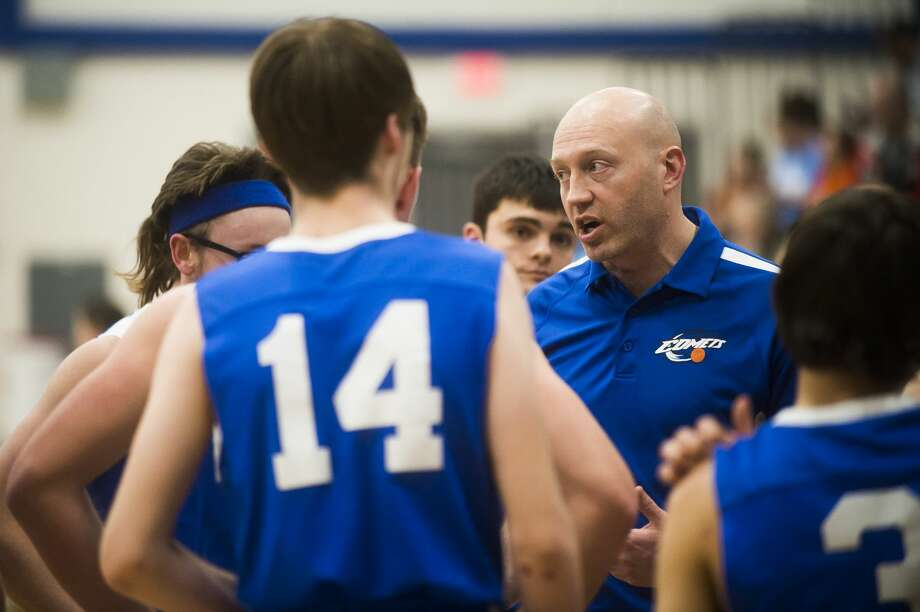 Coleman's Clark Swerdan addresses his team during a timeout in this undated file photo. Photo: Daily News File Photo