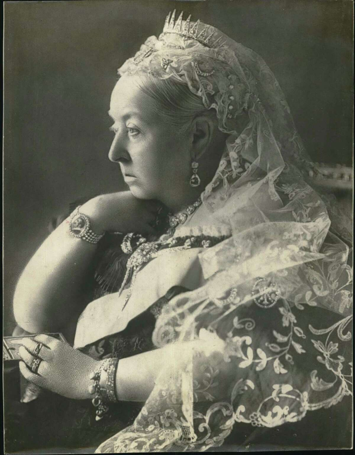 Queen Victoria's Diamond Jubilee Photograph