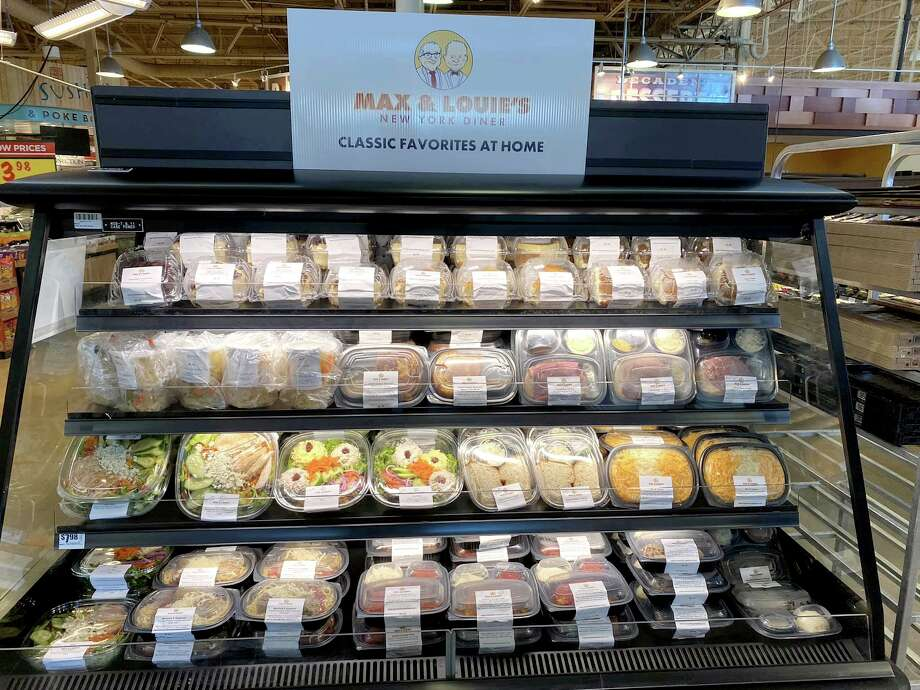 In a pilot program kicked into high gear by the coronavirus crisis, H-E-B is carrying fresh prepared foods from the San Antonio deli favorite Max & Louie's New York Diner. Photo: Max & Louie's New York Diner