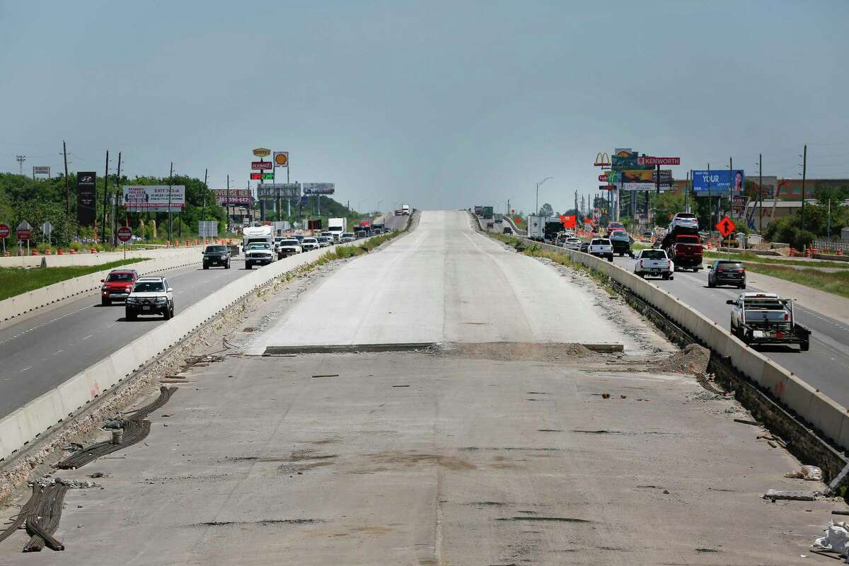 A view looking east from the FM 1489 bridge of ongoing construction along I-10 Wednesday, April 1, 2020, in Brookshire.