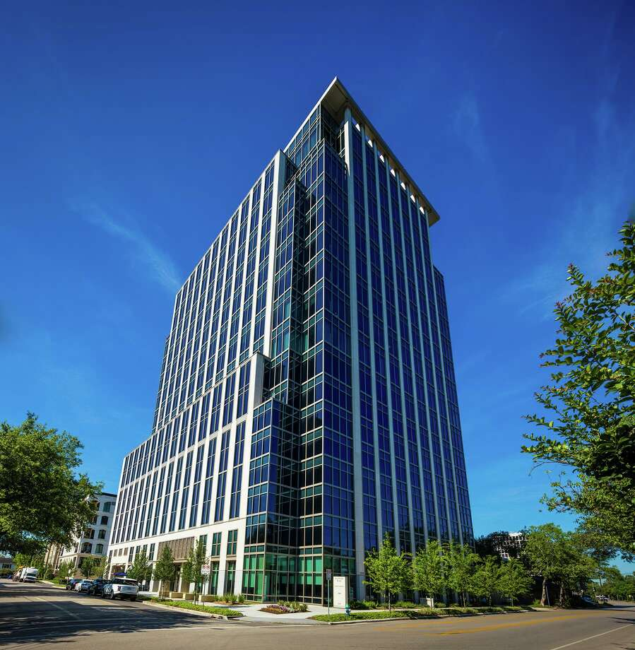 San Felipe Place, a 167,000-square-foot office building at 2229 San Felipe, is 95 percent leased. Hines developed the property. Photo: Colvill Office Properties / Colville Office Properties / Slyworks Photography