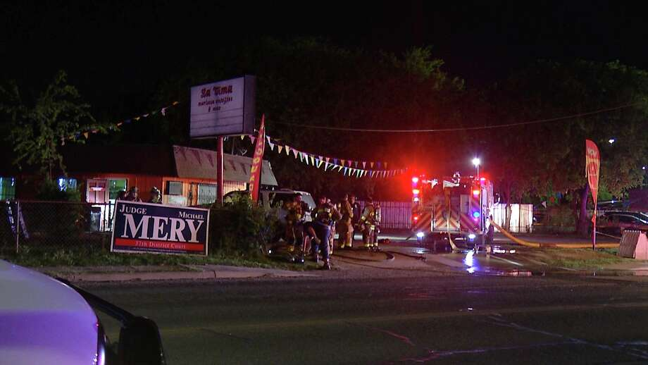 San Antonio firefighters fought to save a Southwest Side restaurant late Wednesday night, April 1, 2020, after a kitchen fire broke out, officials said. Photo: Ken Branca