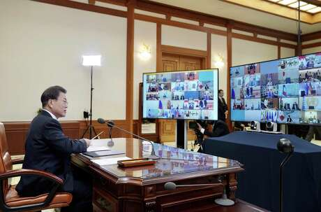 South Korean President Moon Jae-in attends a G20 virtual summit on coronavirus Thursday.