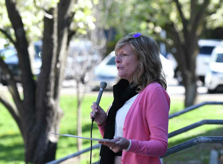 Patricia Sesto speaks during the Arbor Day tree-planting at Cos Cob School in the Cos Cob section of Greenwich, Conn. Thursday, April 25, 2019. Photo: Tyler Sizemore / Hearst Connecticut Media / Greenwich Time