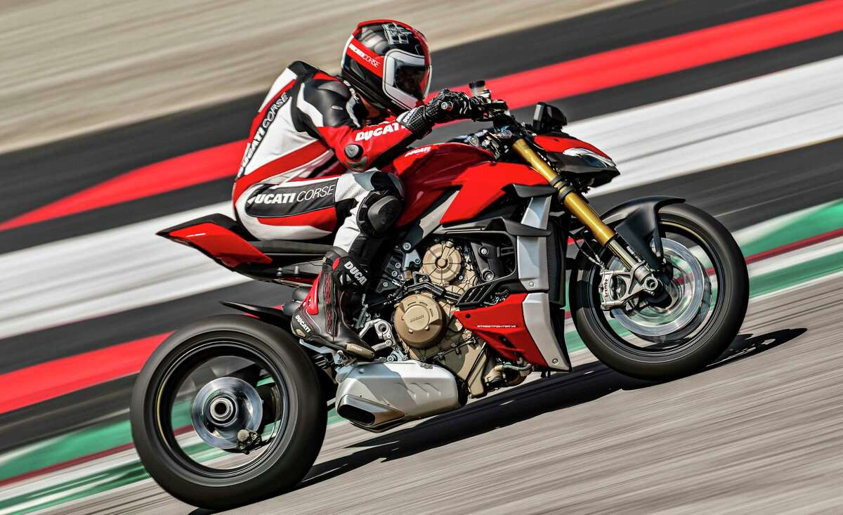 The Streetfighter V4s have a shorter final drive ratio than the Ducati's Panigale V4 superbike and produce up to 91 lb.-ft. of torque at 11,500 rpm.
