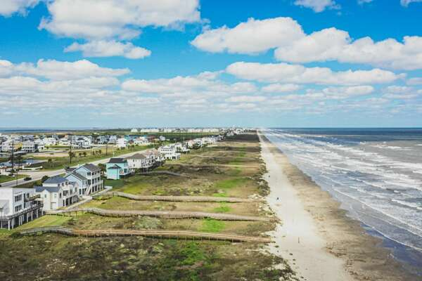It's a sight that Galveston residents never thought they would see. These are the remarkable images of empty, desolate Galveston beaches after they were closed to the public on Sunday, March 29, 2o2o. Officials shut the beaches down after concerns over COVID-19 spread.
