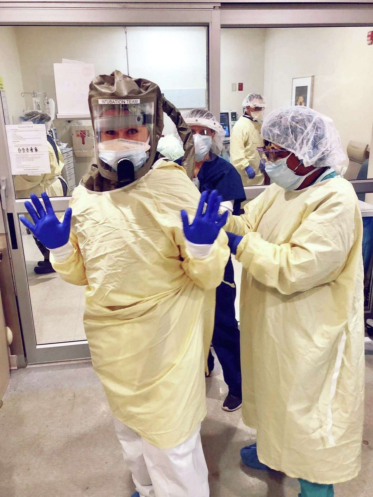 Nurse Allison Gorlo, CRNA and Latisha Pettway, CRNA at St. Vincent's Medical Center, Bridgeport in PPE provided by Grace Farms Foundation.