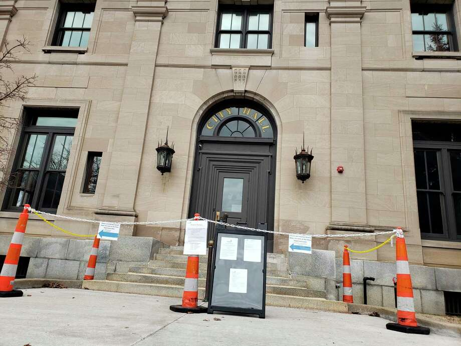 Manistee City Council could OK new downtown paving brick work along with other measures set to appear at the next council meeting on Tuesday.(File photo)